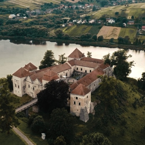Space for banquets of Svirzh castle